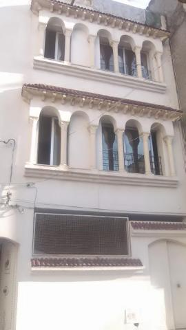 Immeuble(r+2) à vendre Riadh Sousse
