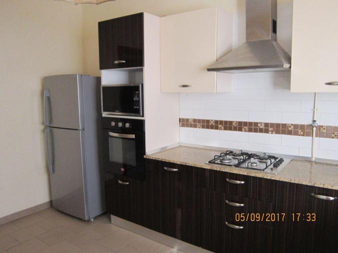 appartement apt meubl sur la route touristique sousse sousse m dina. Black Bedroom Furniture Sets. Home Design Ideas