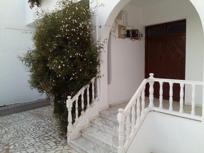 Un Rdc de 3 pièces à Cité Sanawber Bizerte