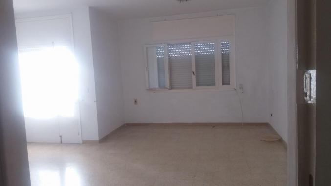 Un appartement de 3 pièces au centre Ville Bizerte