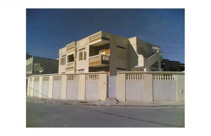 Grande villa a medina jedida 2 Ben Arous