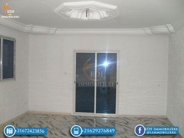 Un bel étage de villa de 3 pièces à Corniche Bizerte