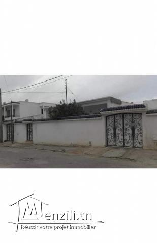 Villa 370m2 à Tunis El Ouardia