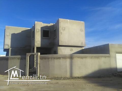 villa en cours de construction à houmt souk