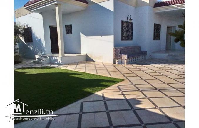 Villa 765m2