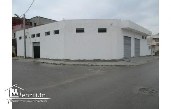 Local 380 m2 Gabès