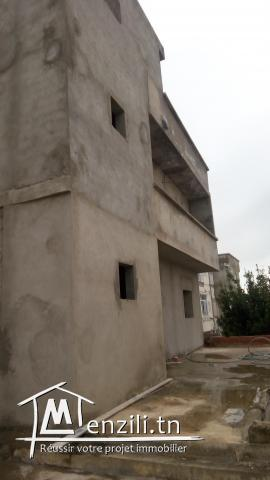 Villa 180 m2 a ariana cite ennozha ( voir photo )