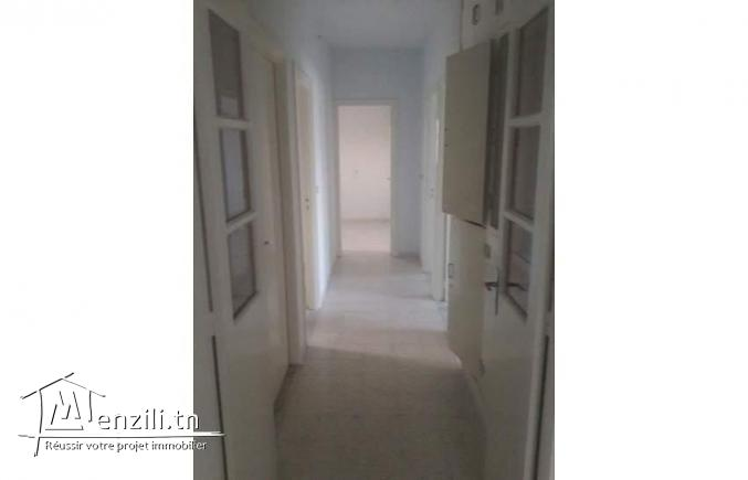 Etage villa 200m2 à Sfax Route Tunis
