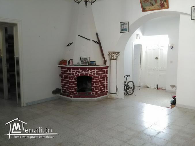 villa indépendante à la location à houmt souk Taourit