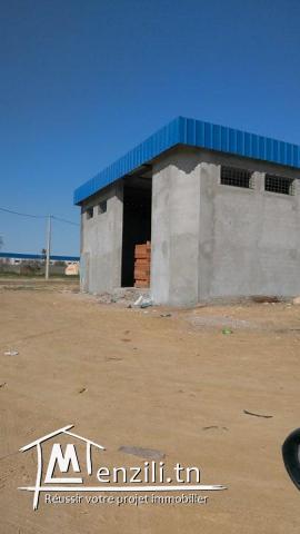 dépôt à louer à la zone industrielle houmt souk