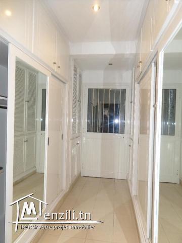 un étage de villa s+3 de très haute standing