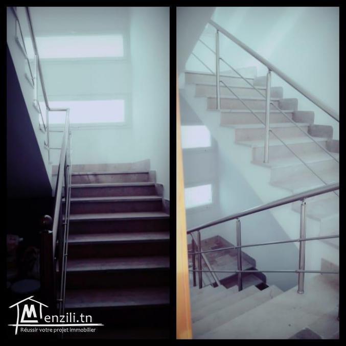 étage de villa neuf au 1er étage S+2 avec entrée indépendante