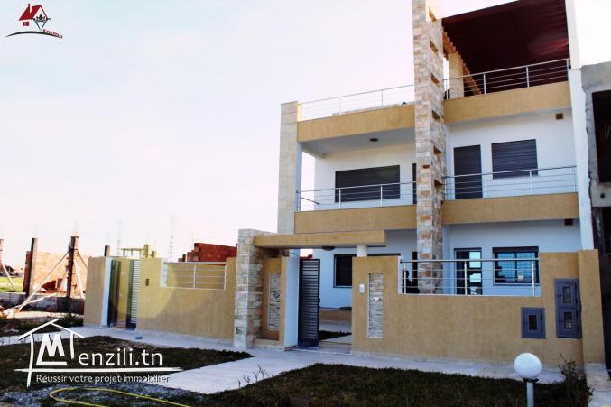une charmante villa de haut de gamme à Dar Alouche