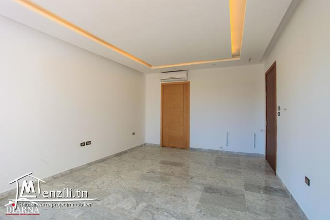 Appartement S+2 de 107 m² à Sahloul 4