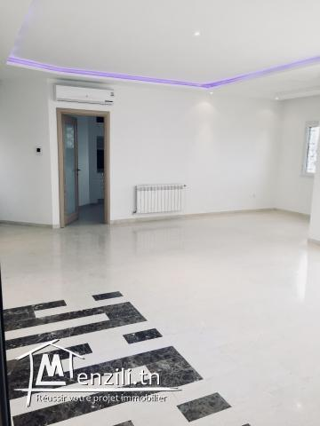 Appart 165 m2 Haut Standing Chotrana1 Tel : 22 20 40 90