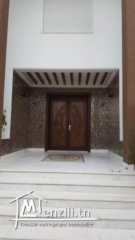 A vendre une villa à El  menzah 5