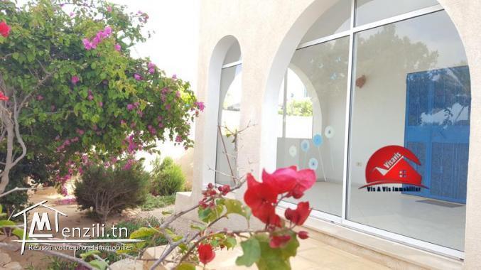 Villa avec piscine A LOUER POUR VOS VACANCES à Djerba