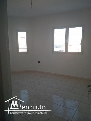 a vendre appartement fi diwan ezzit 3al kayes