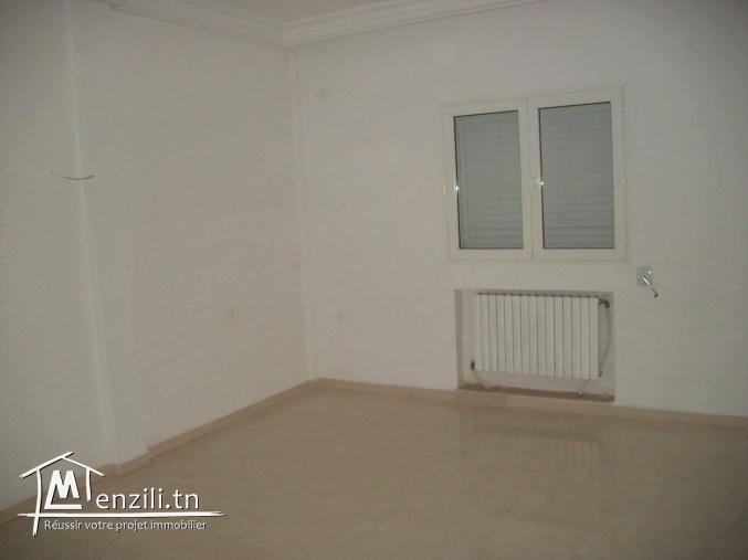 beau étage de villa HTS S4 avec entrée indépendante a 50 m de monoprix