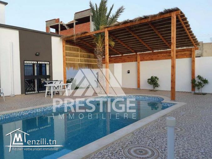 Charmante villa meublée avec piscine