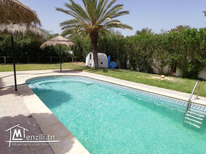 villa avec piscine pour l'été à Djerba