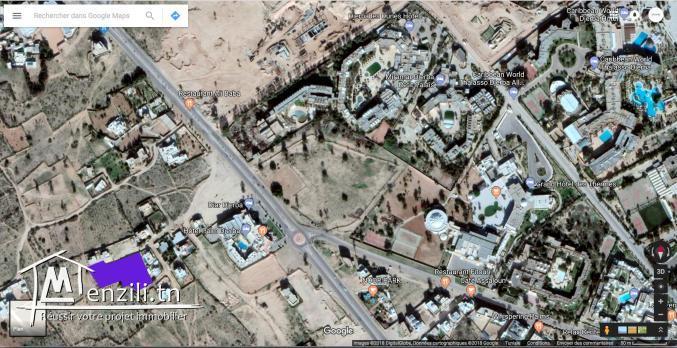 Terrain à proximité de la zone touristique Djerba