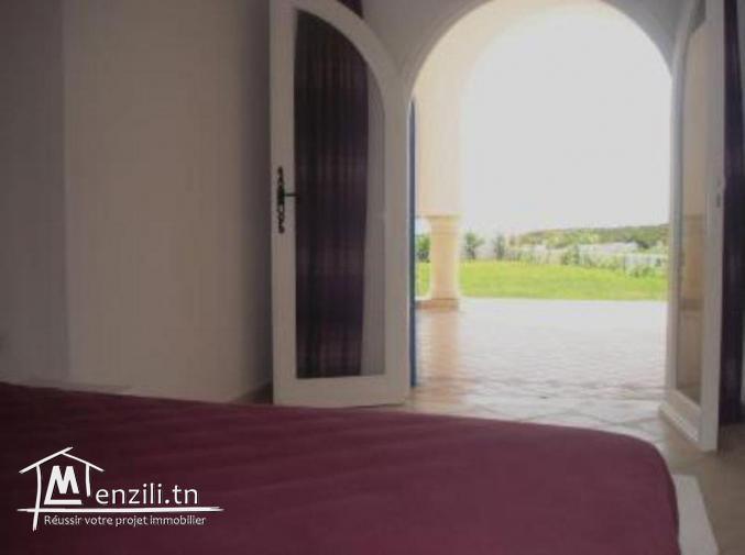 Maamoura: Maison au bord de la Méditerranée (Les pieds dans l'eau)