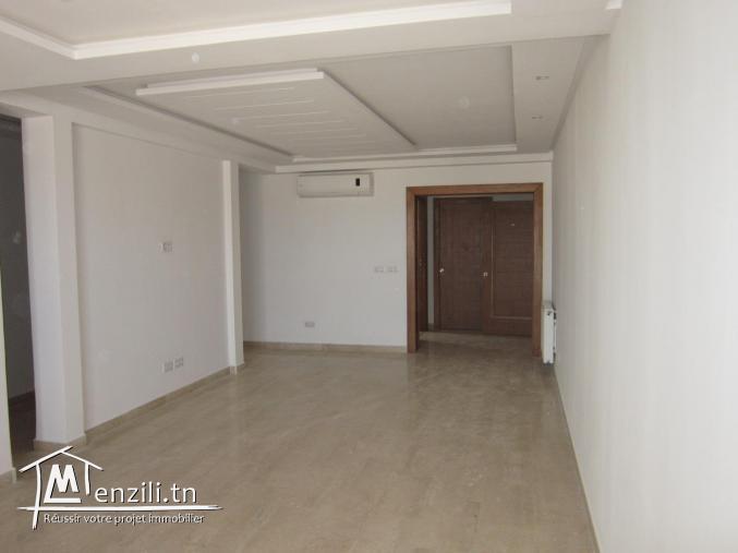 des apts à sahloul zone résidentielle dans une petite immeuble gardé