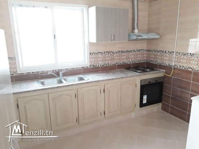 bel étage de villa s+2 neuf jamais habiter Marsa nassim