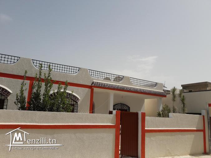 superbe villa a vendre sur un terrain de 433 m2