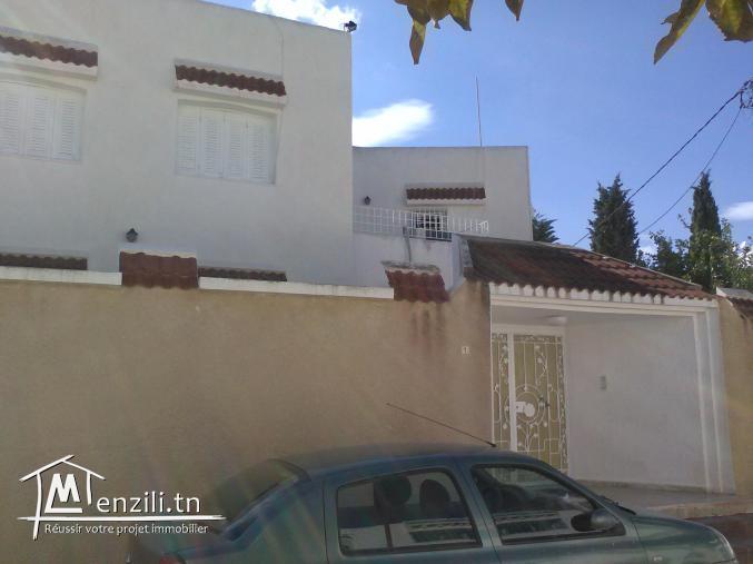 villa spacieuse a vendre a cité el ghazela de 482 m²
