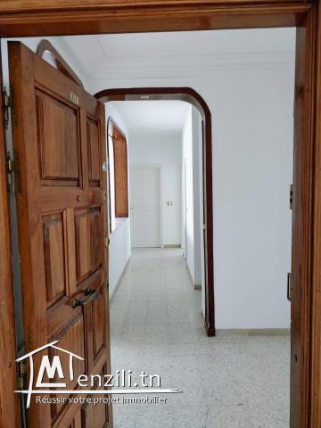 Appartement S+3 - Ennasr 1 - 173 m²
