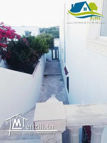 une luxueuse villa située à Haouaria