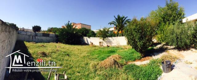 Terrain constructible de 456m2 au centre de Ben Arous Ville