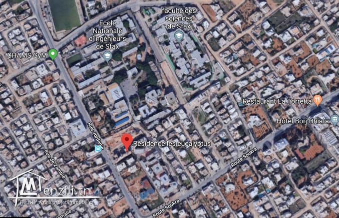 S+2 à côté de l'ENIS Sfax
