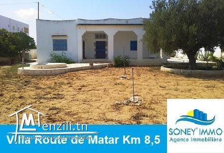 VILLA AVEC LARGE TERRAIN ROUTE DE MATAR KM 8,5