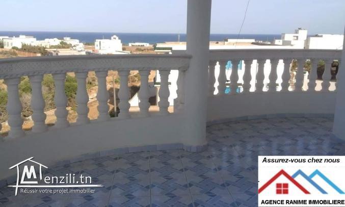 charmante villa a la plage d'el haouaria 8045 ds 750m2
