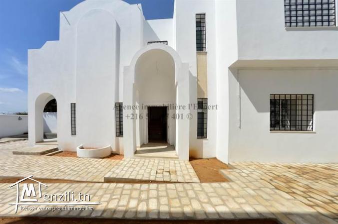 villa nouvellement construit HAMDI ZONE CRAXI