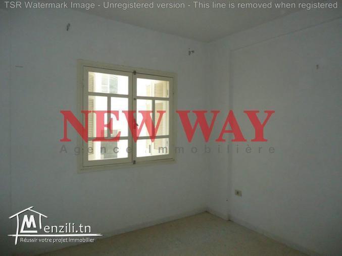 Appartement (S+2) au première étage à cité Riyadh 5