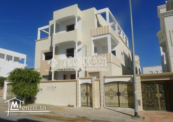 immeuble de 710m² à usage administratif à sahloul
