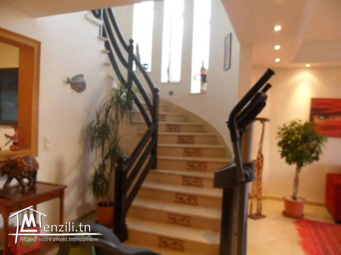 A Vendre villa a jardin d'el menzah