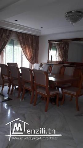 A louer une villa richement meublée aux berges du lac 1