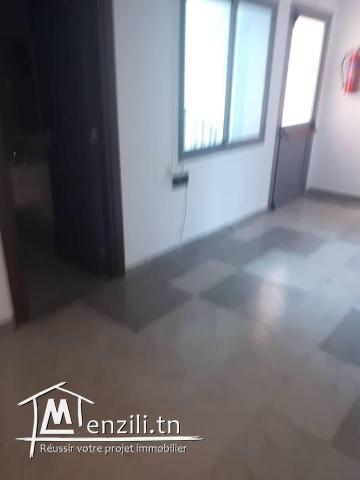 A louer un bureau au lac1