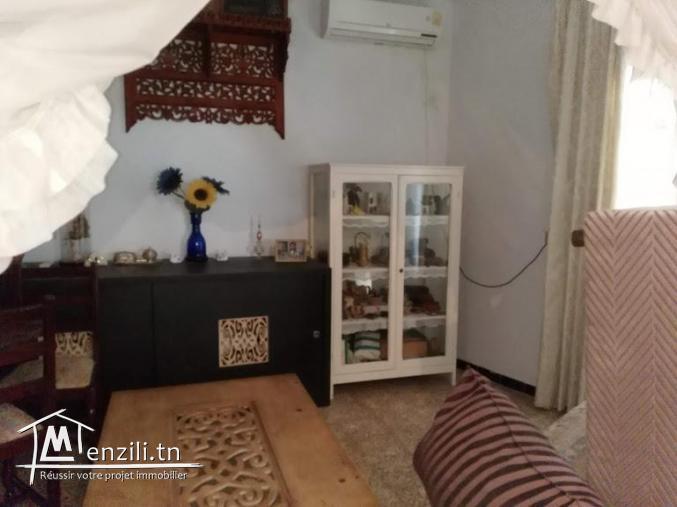 Maison et local de 340 m² à Hammamet centre ville