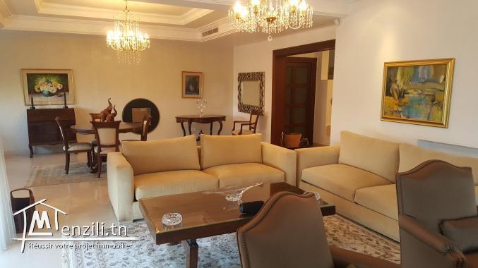 sybVLS5 villa à louer à Gammarth coté Golden Tulipe