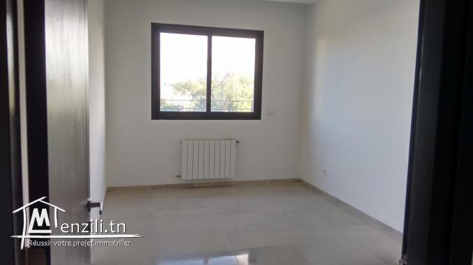 sybALZ1 appartement à louer à l'entrée de la Marsa
