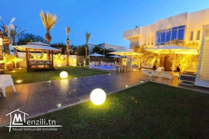 sybVVK2 villa à vendre à la Marsa aux berges du lac