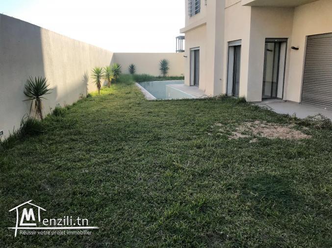 appartement avec piscine à Gammarth zone touristique