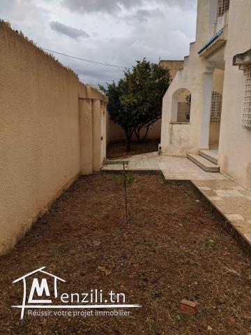 À vendre très belle villa, deux étages, cité Errafaha, Mnihla Ariana