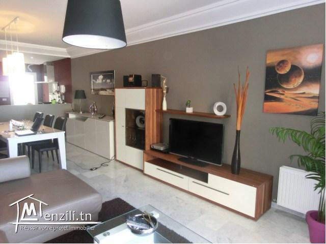 un appartement  luxueusement meublé dans une résidence pieds dans l'eau
